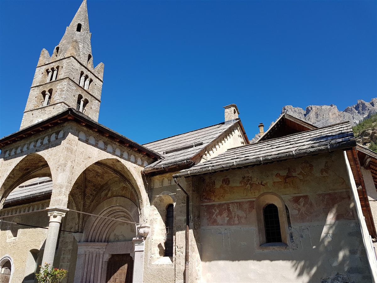 Les vigneaux et son église